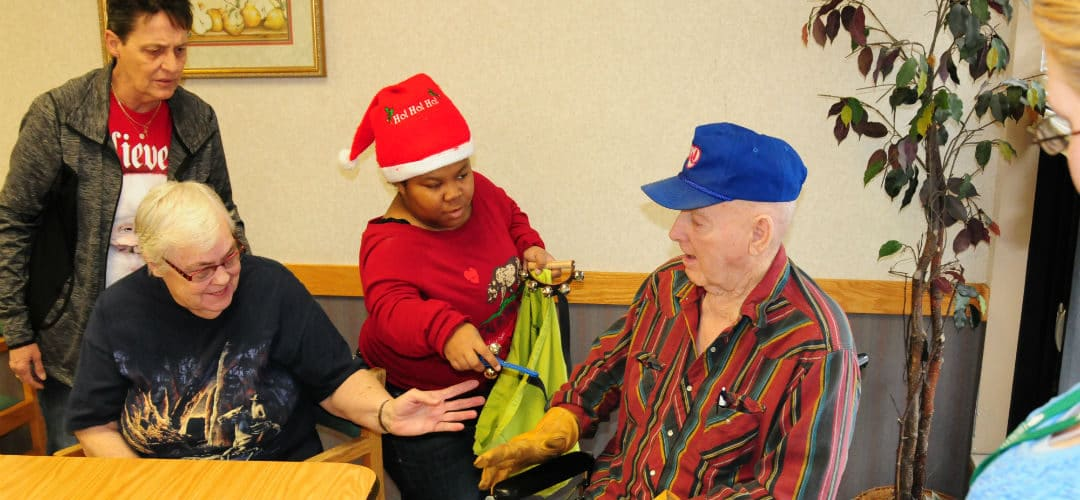 Hope Students Spread Holiday Cheer
