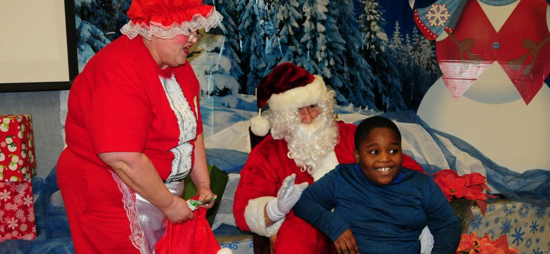 Santa Visits Hope Students